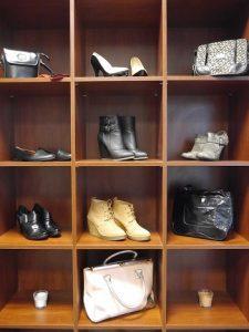 5-tips-voor-een-nette-kledingkast-accessoires-en-schoenen