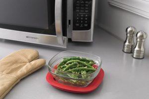 voedsel-bereiden-koken-en-bakken-magnetron