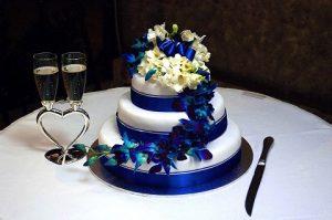 trouwen beperkt budget bruidstaart