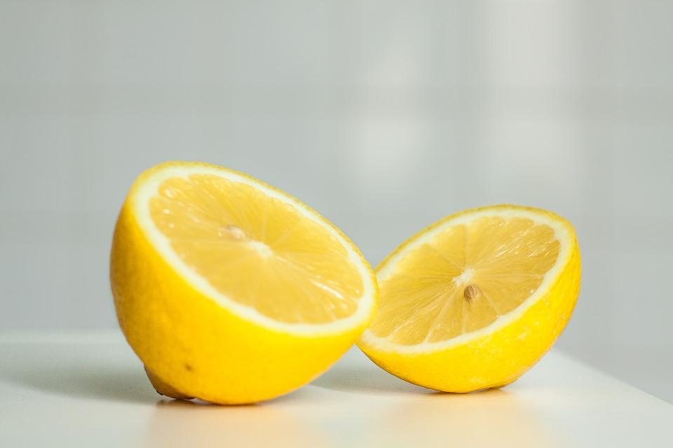 natuurlijke middelen tegen striae citroensap