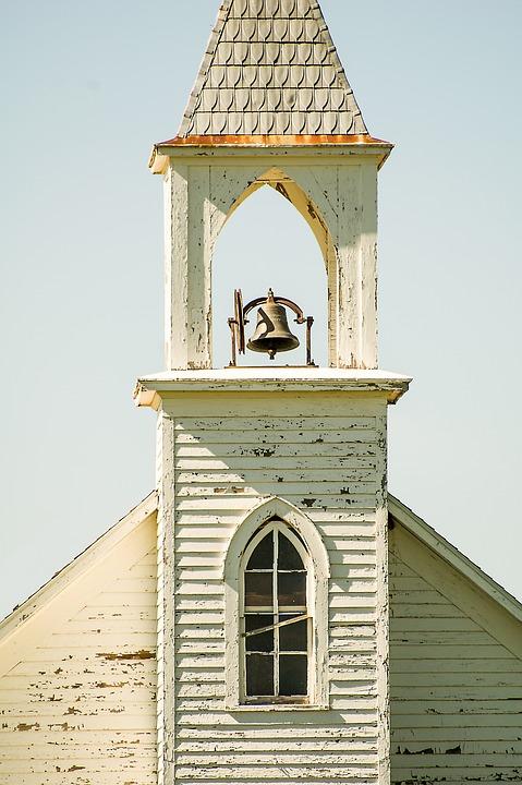 paastradities vliegende kerkklokken