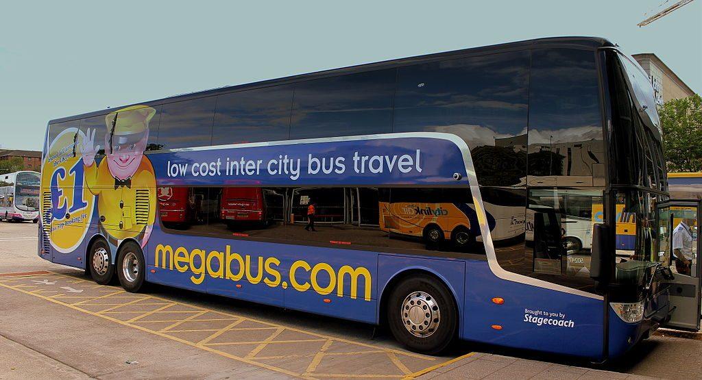 tips jongeren alleen vakantie bus