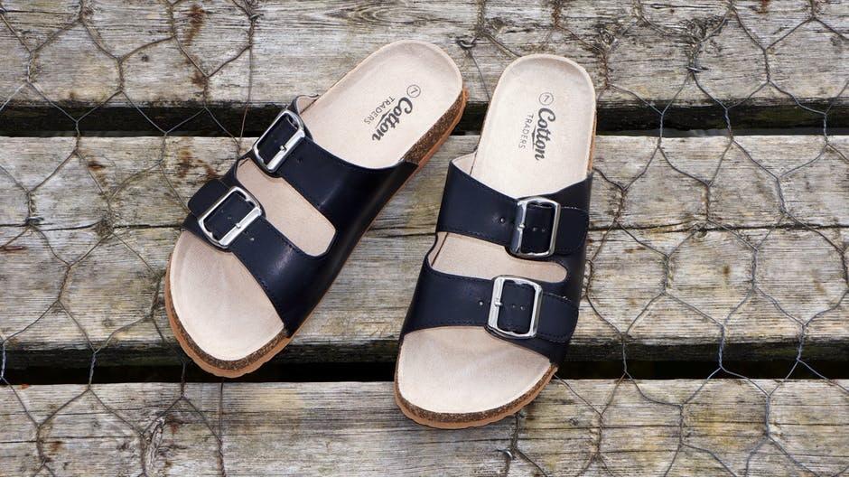 5 must have schoenen voor vrouwen slippers