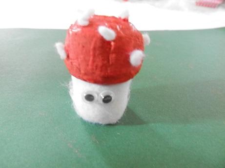 DIY voor kinderen paddenstoel maken 3
