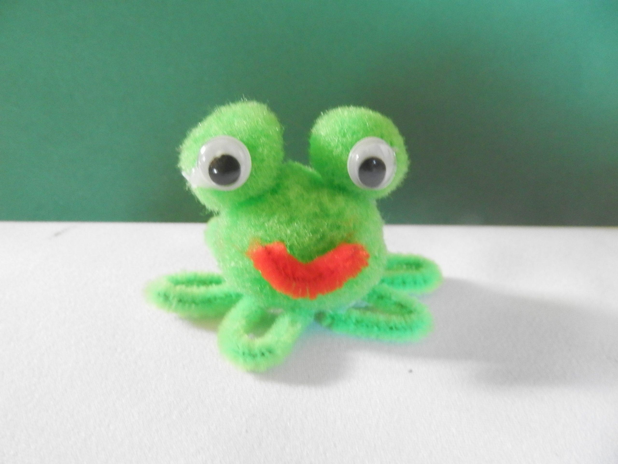DIY voor kinderen pijpenrager kikker maken