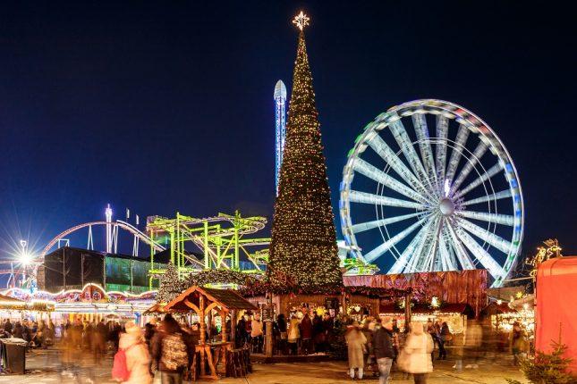 kerstshoppen op kerstmarkt londen