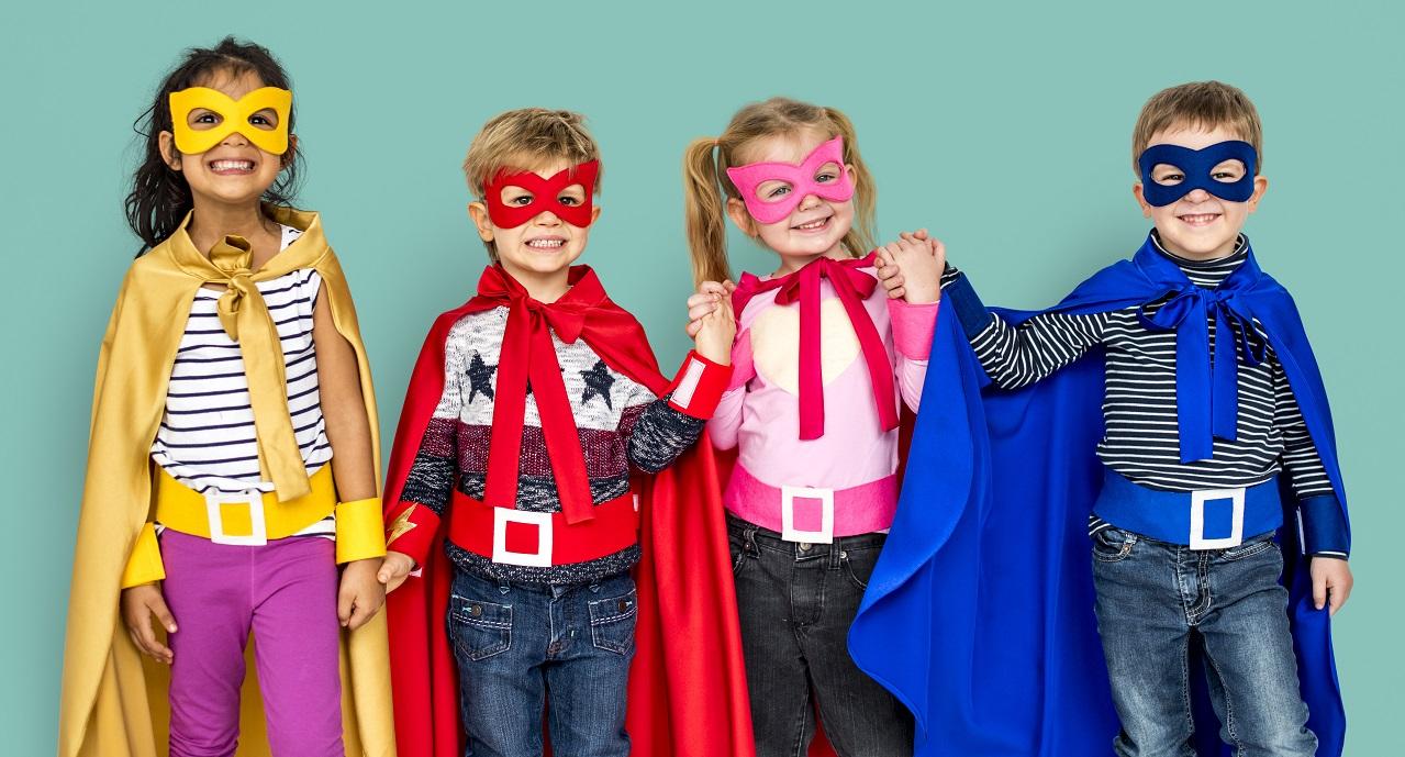 Last minute DIY low budget carnval kostuums superhelden