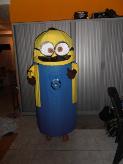 DIY Minion carnavalskostuum