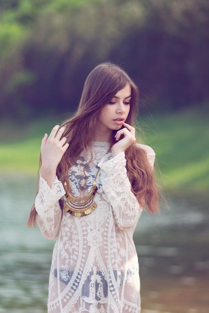 De modetrends lente zomer 2018 doorzichtige kleding