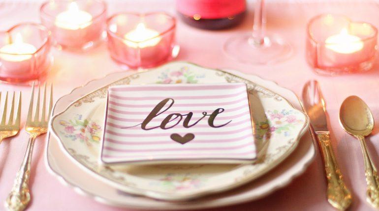 40 Romantische low budget dating tips voor Valentijn