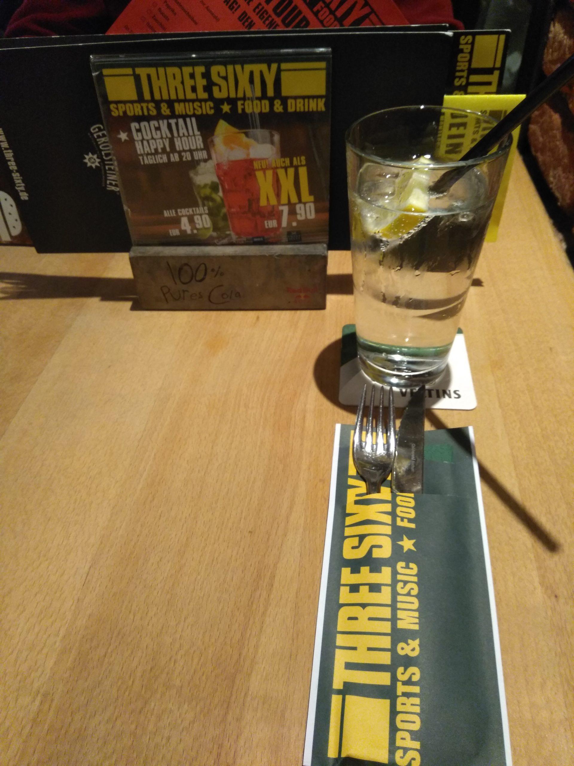 Amerikaans eten bij Three Sixty sportsbar CentrO