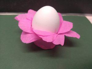 Eierdopjes knutselen voor Pasen 13