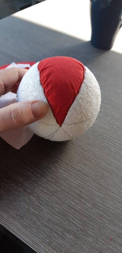 DIY Kerstbal van leuke stoffen maken 6