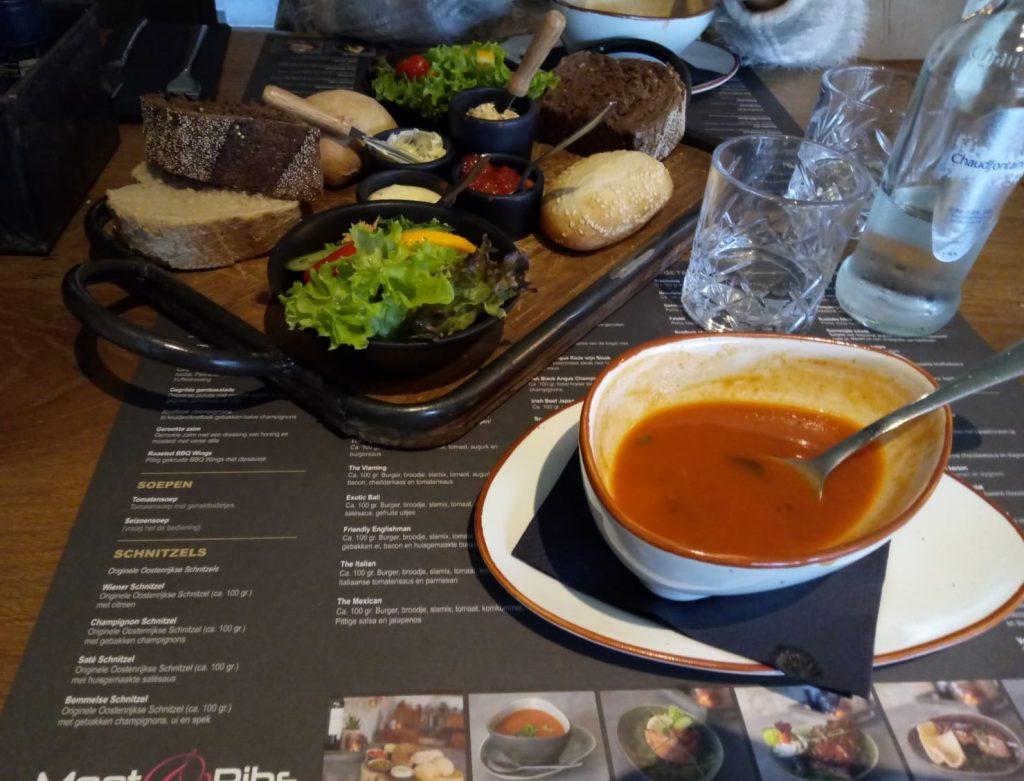 heerlijk lunchen bij Meet & RIbs in Arnhem 6