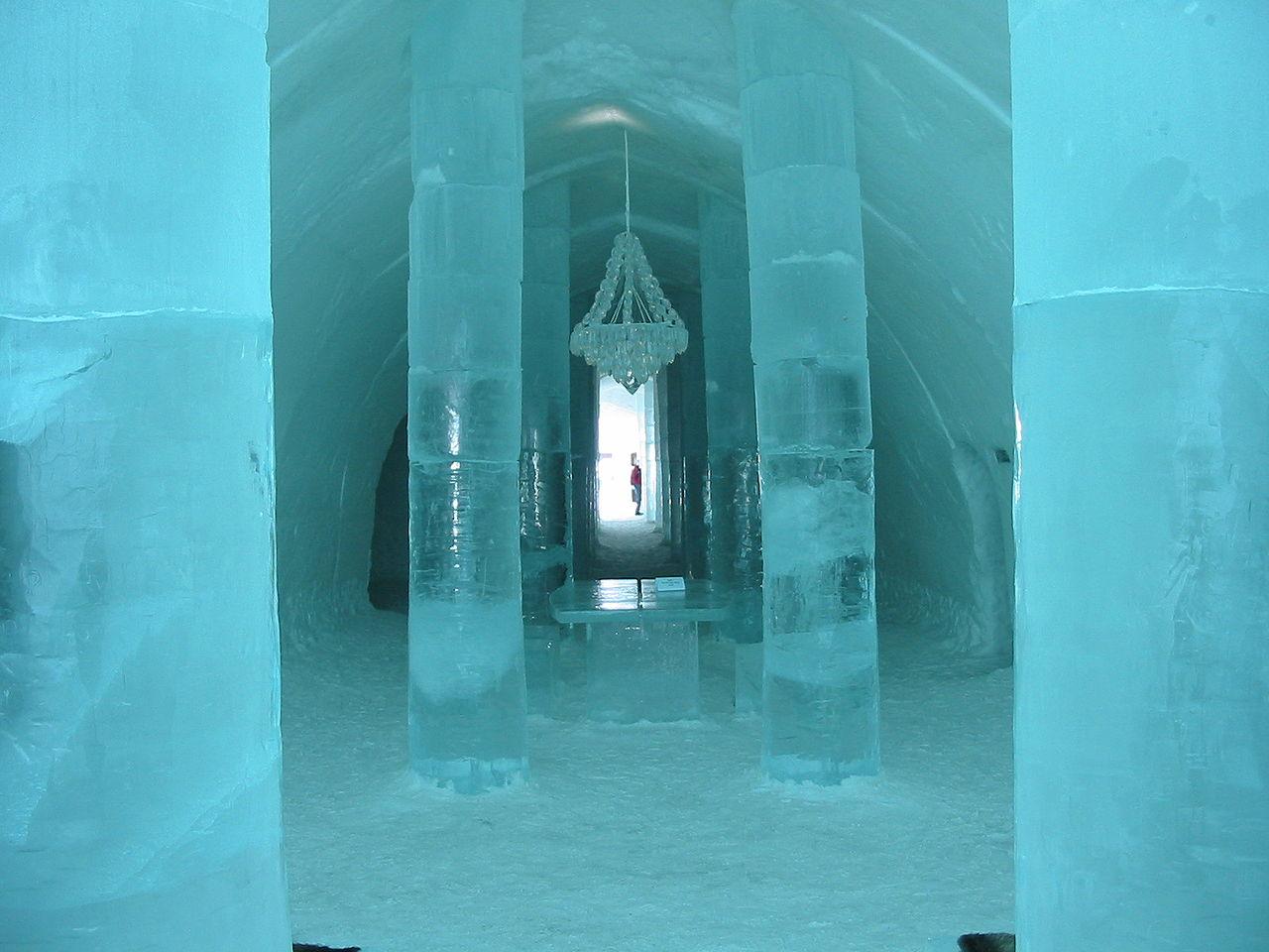 Aparte, bijzondere en bizarre hotels en slaapplekken ijshotel zweden