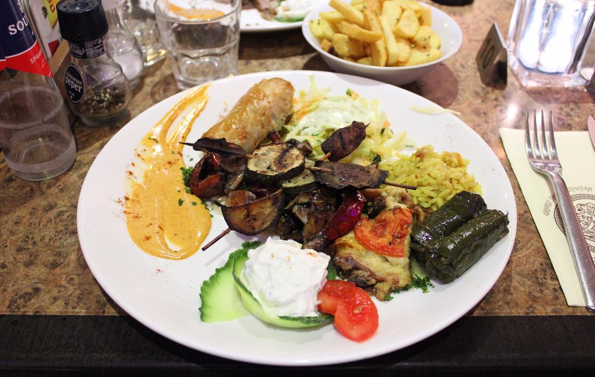 Genieten van heerlijk eten bij Grieks restaurant Alexandros Wageningen 5