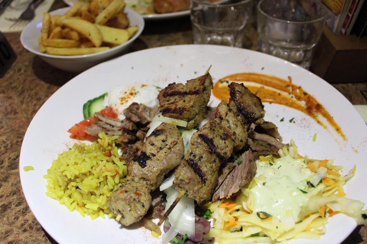 Genieten van heerlijk eten bij Grieks restaurant Alexandros Wageningen 6