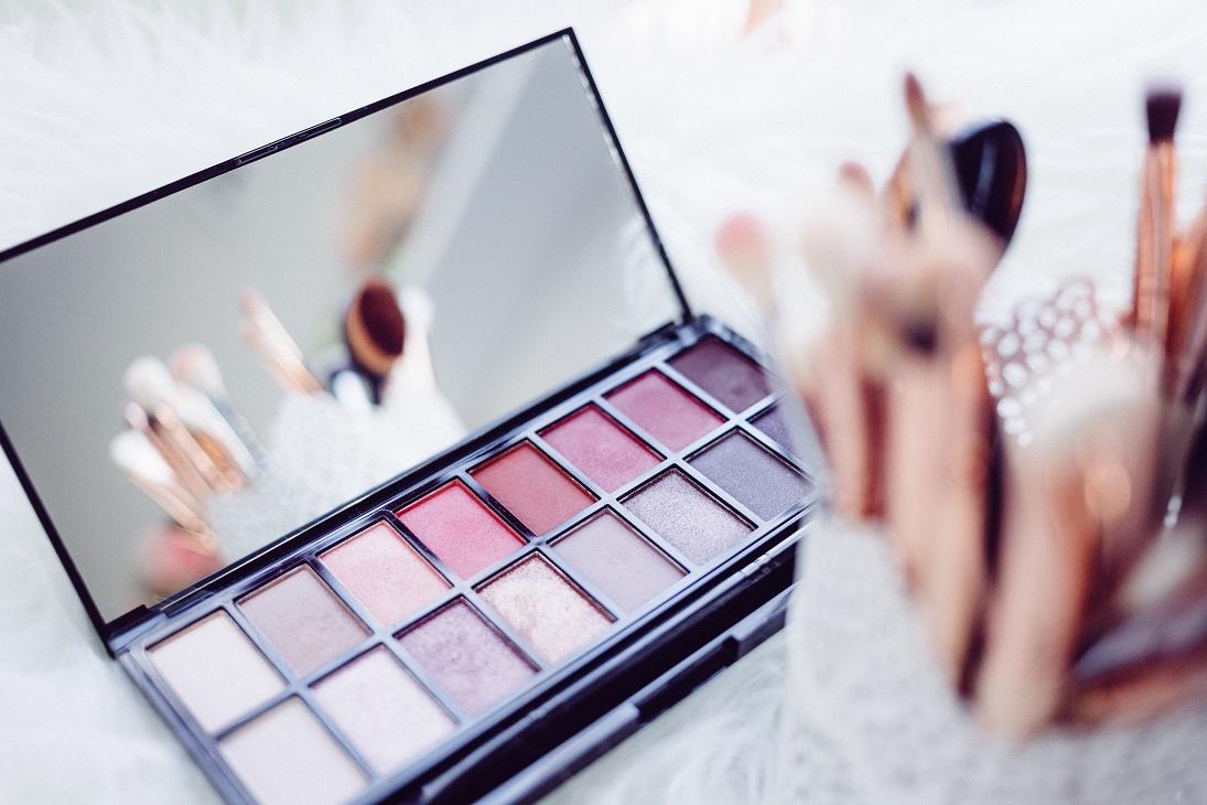 Onmisbare beautyproducten voor elke vrouw oogschaduw