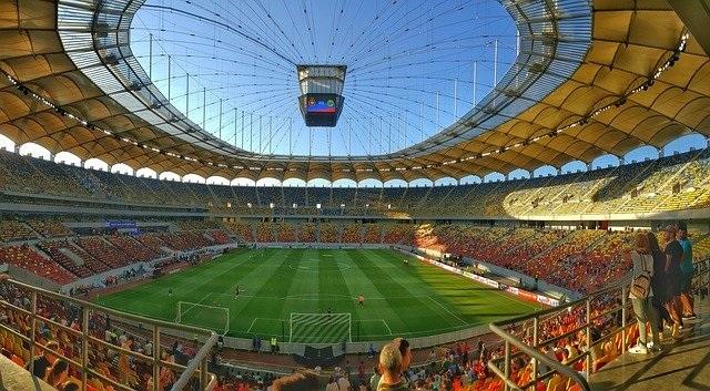 Tips om aandacht en intimiteit tijdens EK 2020 te krijgen voetbalstadion