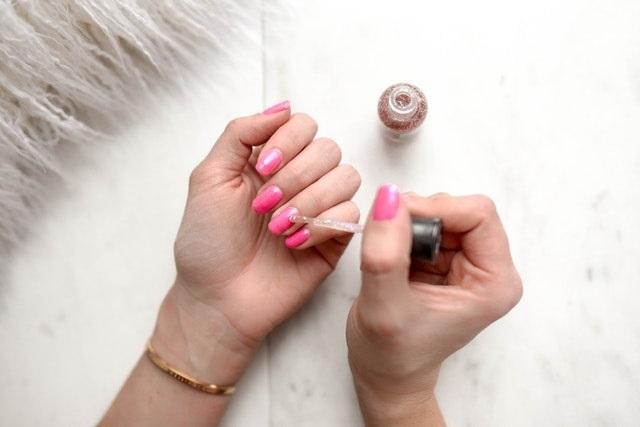 5 Beautybehandelingen voor thuis nagels