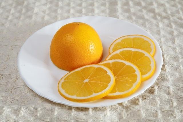 Citroen onmisbaar voor huis, tuin en keuken citroen schoteltje