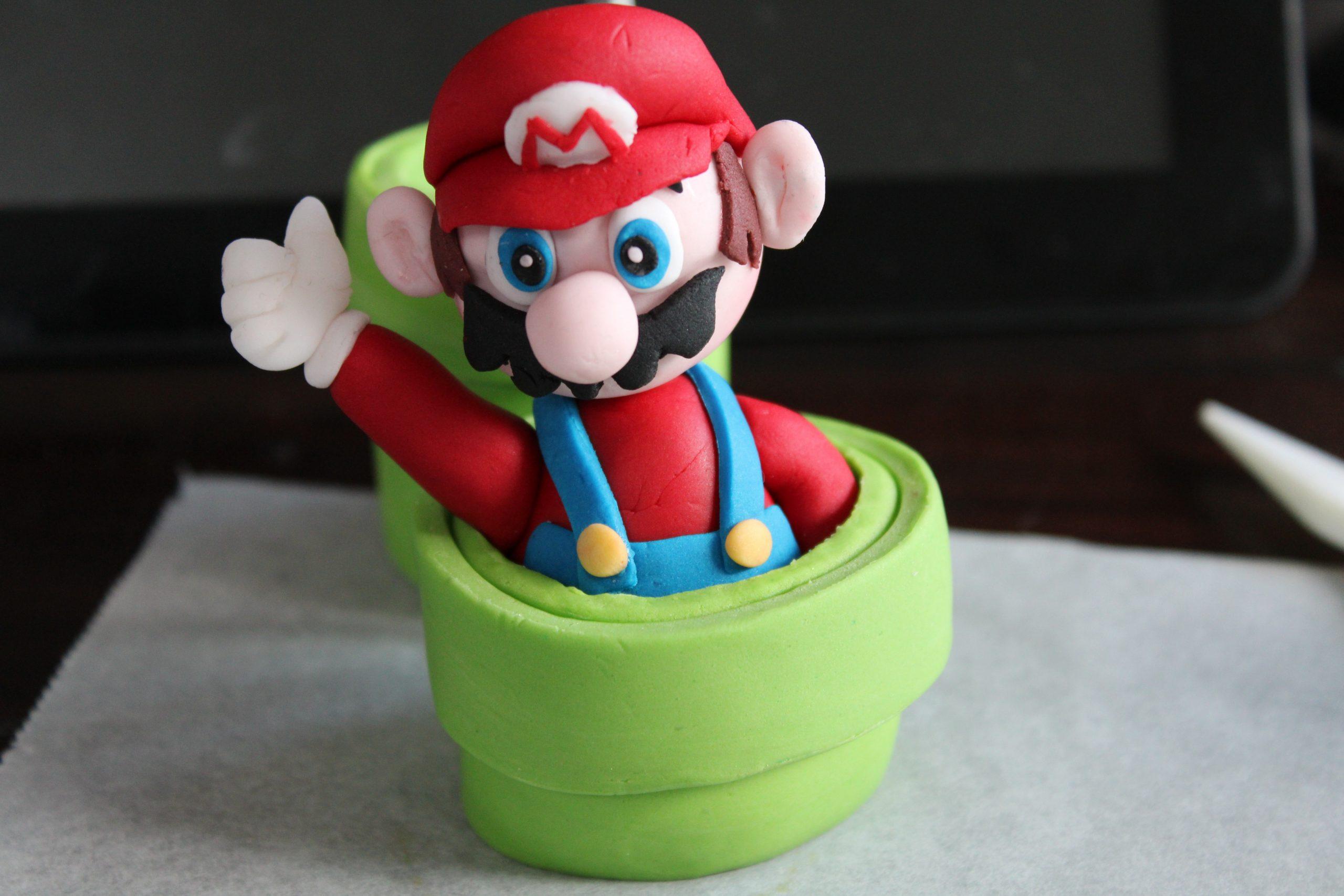 DIY fondant Mario maken met stap voor stap handleiding