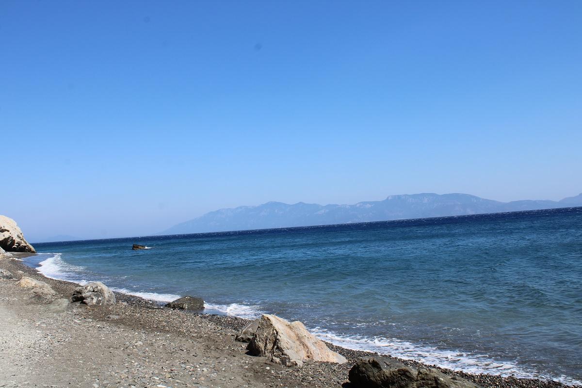 De leukste stranden van Kos Therma beach Embros kiezelstrand