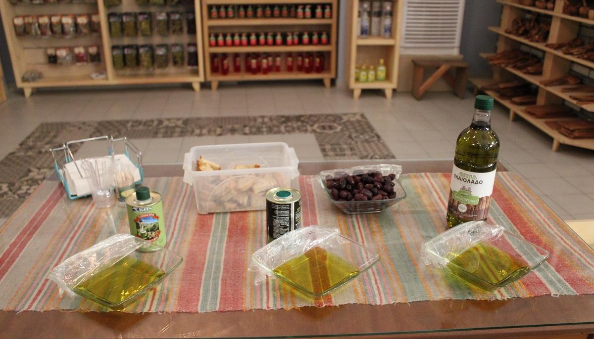 Deze 3 lokale bedrijven op Kos moet je bezoeken olijfolie proeverij