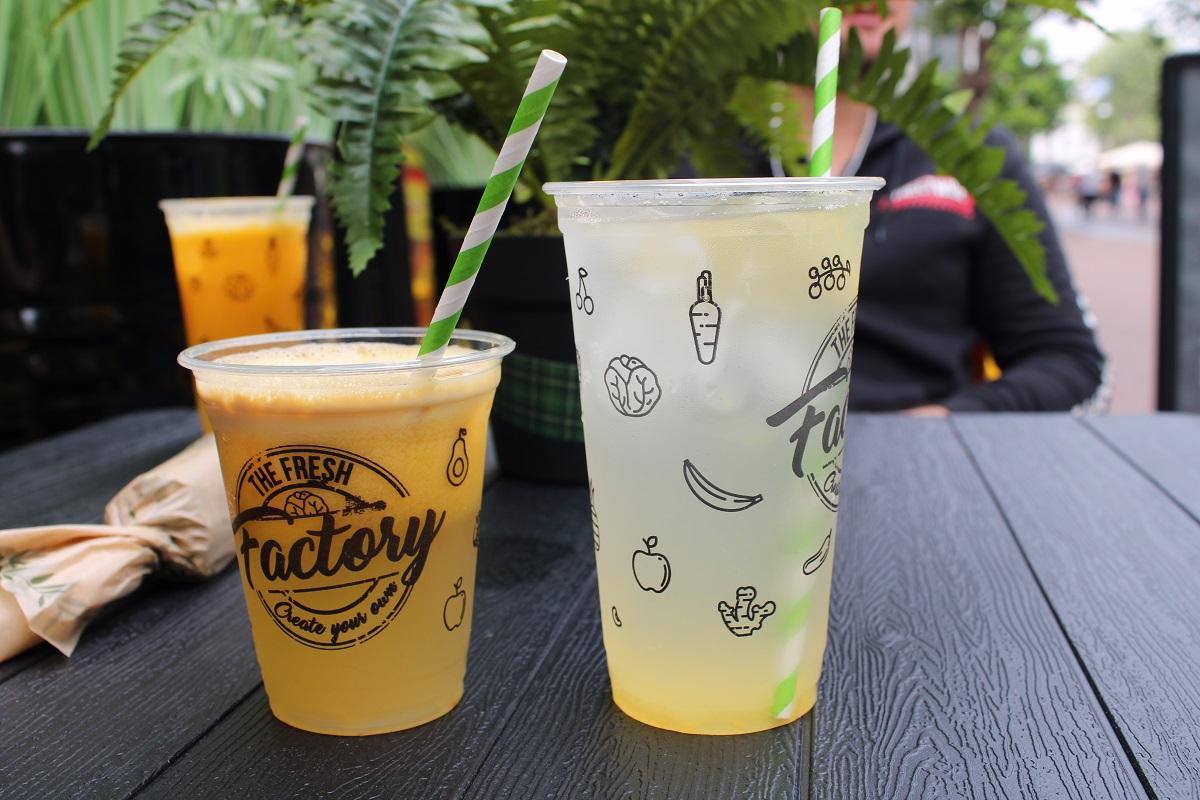 Genieten van gezond fast food van The Fresh Factory in Nijmegen drinken