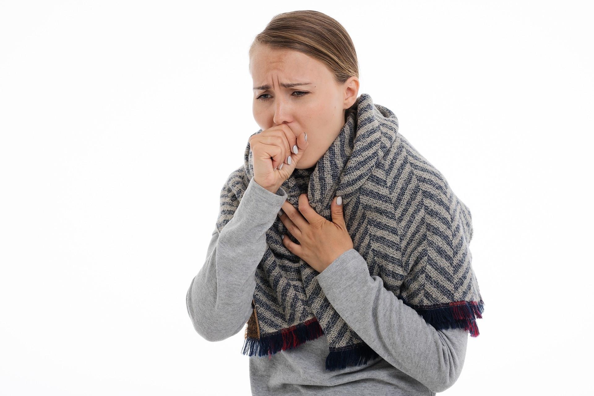 Natuurlijke tips tegen hoesten en kriebelhoest
