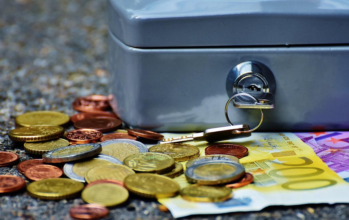 Besparen op vaste lasten hier kijken de meeste mensen overheen geld