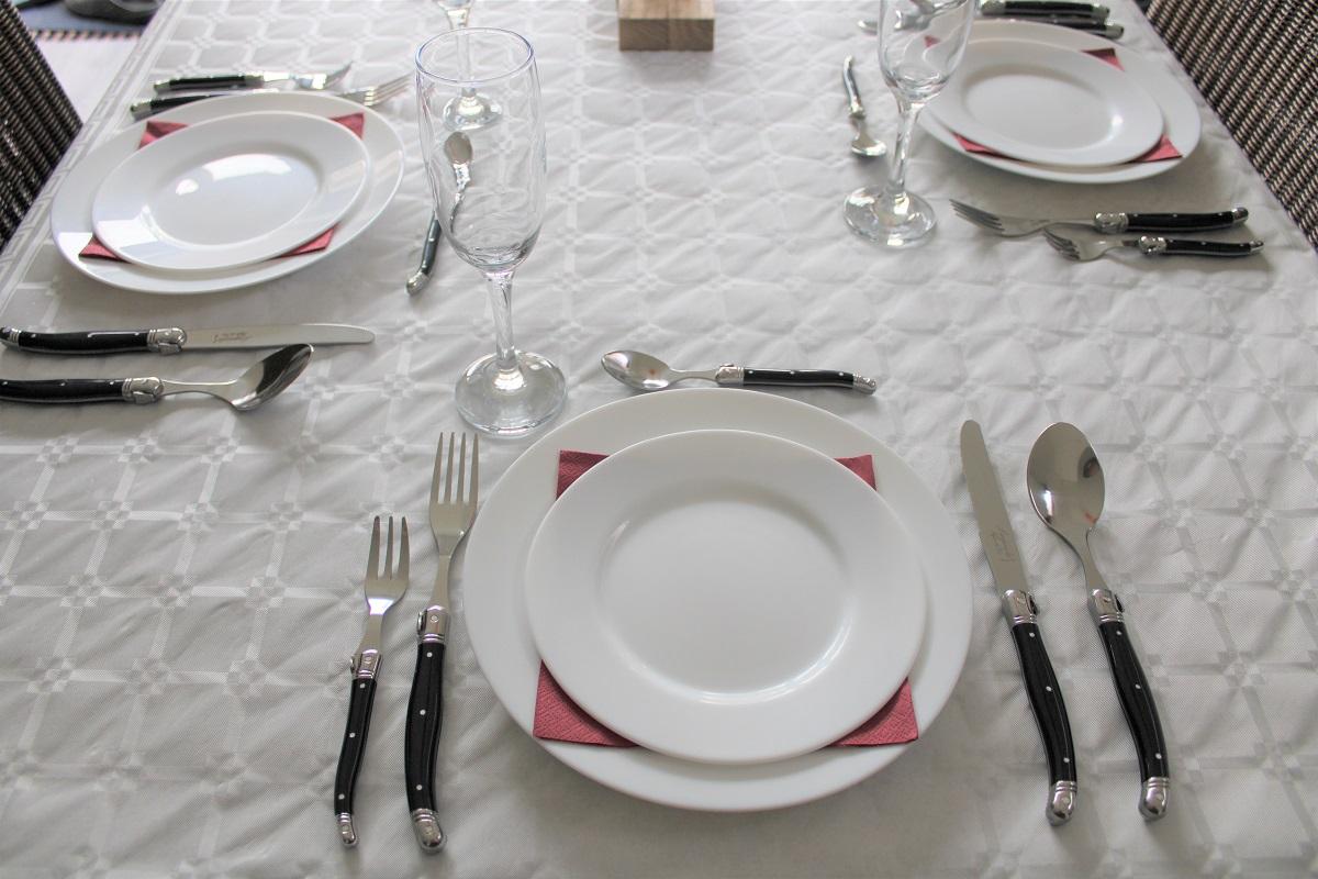 Extra feestelijk aan tafel tijdens de feestdagen bestek
