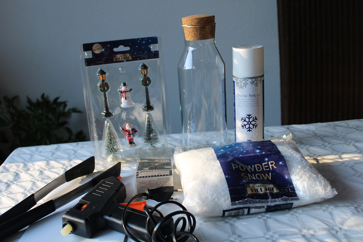 Kerst DIY winter in een fles met verlichting bendoigdheden