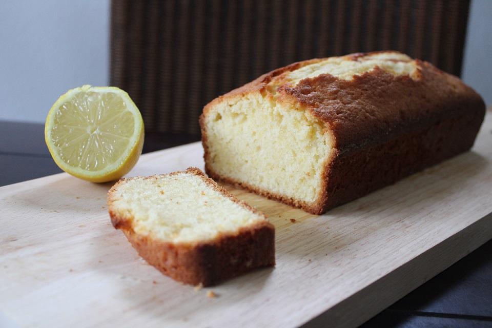 Recept heerlijk smeuïge citroencake