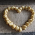 Valentijnsdag recept soesjes hartje gespoten deeg
