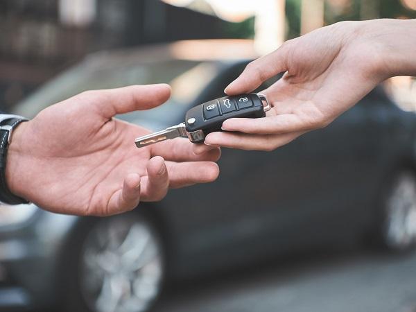 Tips tweedehands auto kopen overdracht sleutels