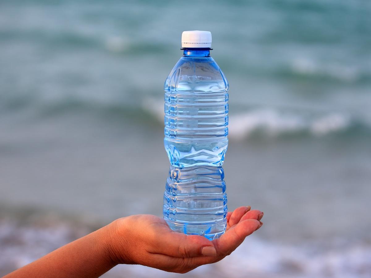 Stop met het weggooien van plastic flessen vanaf 1 juli betaal je statiegeld