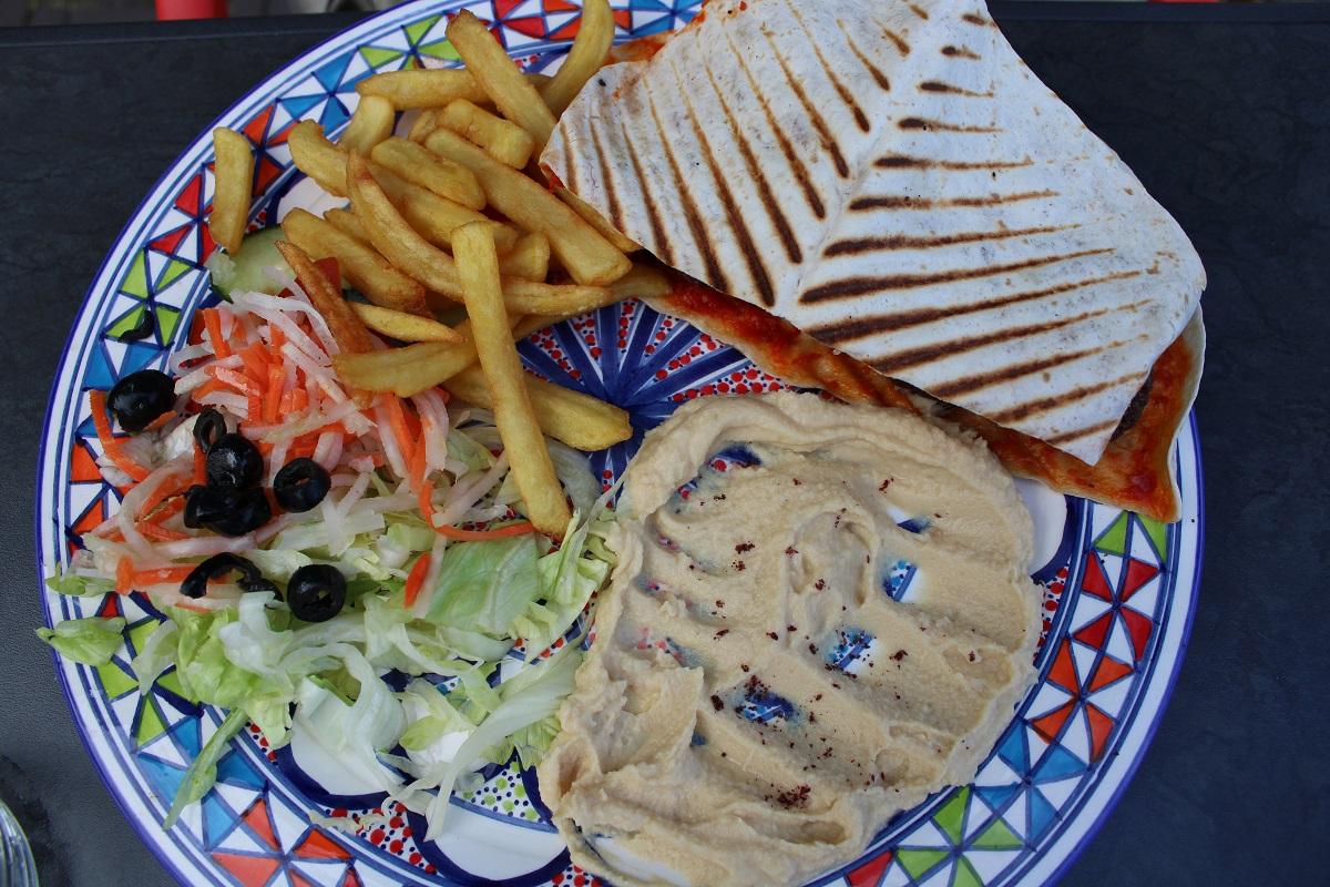 Uit eten bij Multifood in Arnhem falafel