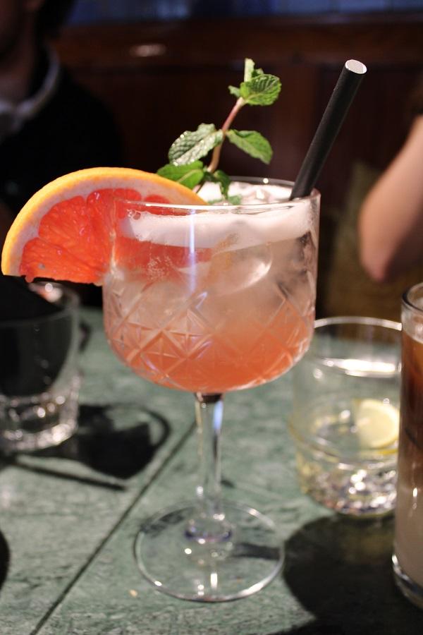 Lunchtip Amsterdam Bistro Berlage pinky rose lemonade